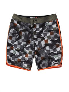 "SKT6AG47 Line Up 20"" Boardshorts by Quiksilver - FRT1"