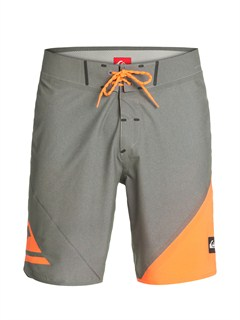 "KPC0AG47 Line Up 20"" Boardshorts by Quiksilver - FRT1"
